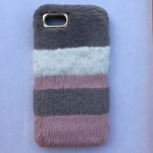 NEW Iphone 7/8/7+/8+ Soft Plush Fluffy Iphone Case